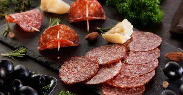 Сырокопченая колбаса: польза и вред