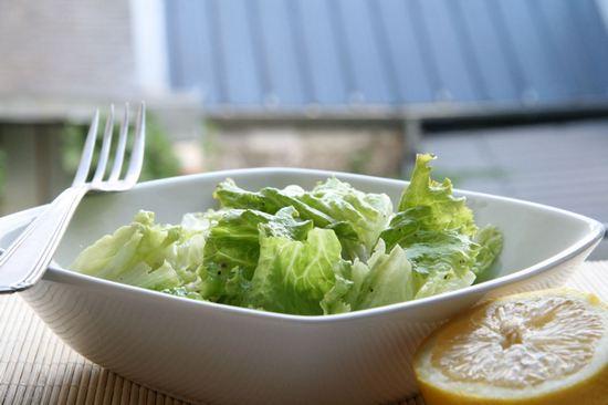 Листья салата: польза и вред для организма