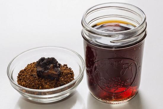 Самогон на чаге: польза и вред, рецепты приготовления