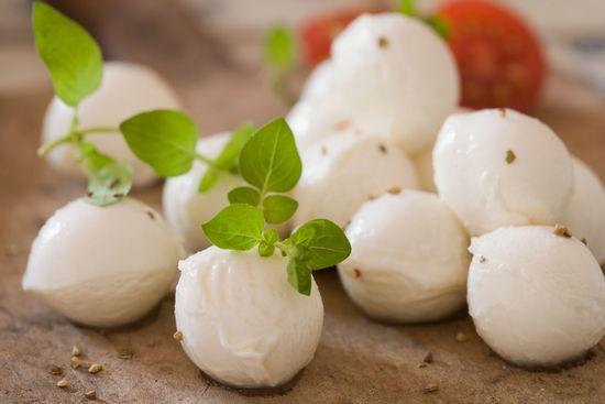 Сыр «Моцарелла»: польза и вред