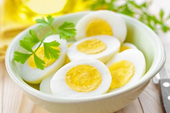 Секрет пользы отварных яиц – в составе