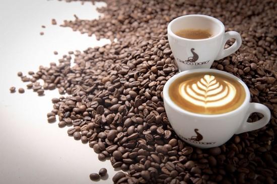 свежезаваренный молотый кофе