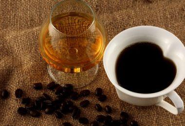 Кофе с коньяком: польза и вред