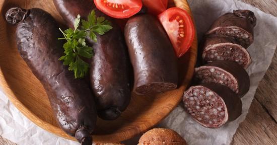 Кровяная колбаса: польза и вред, калорийность