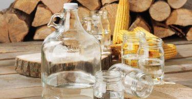 Очистка самогона содой: польза и вред